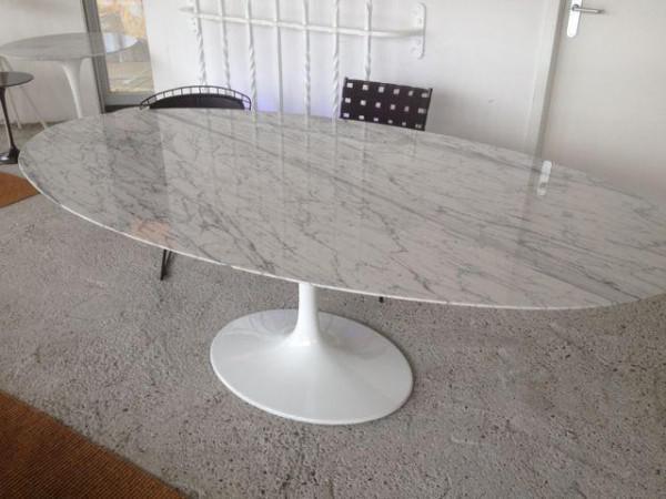 Uitschuifbare tafel, Eero Saarinen, Tulp tafels, rond, ovaal   huntingad com