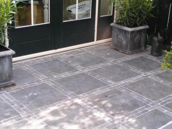 Chinees Hardsteen 60x60.Stuntprijzen Terrastegels Chinees Hardsteen Spotted Blue
