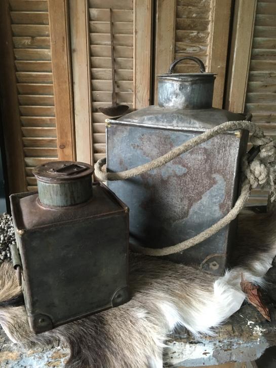 Landelijke Houten Kist.Oude Houten Pot Landelijk Stoer Sober Kist Hetgrachtenpand