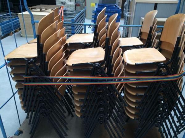 Stoel Metalen Frame : Partij 90x houten stoelen stapelstoelen met metalen frame